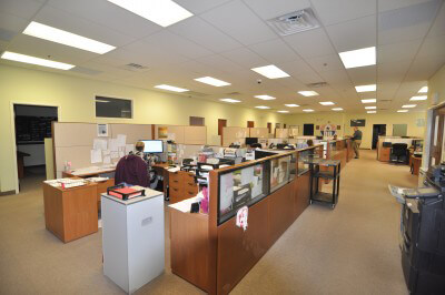1600 Horizon Dr - Interior open work area